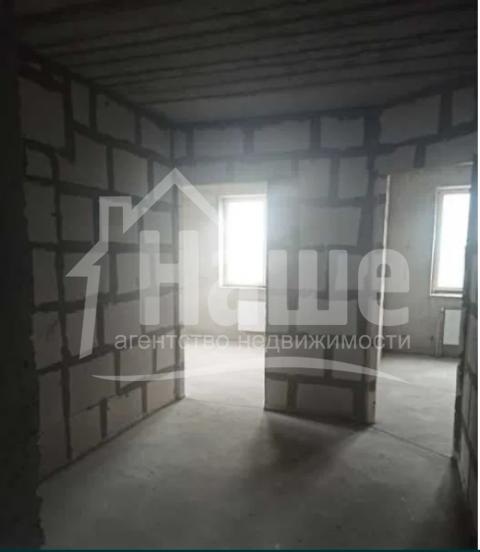 2-комнатная квартира в жилом состоянии на Героев-Пограничников