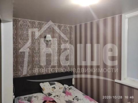 2 комнаты в коммуне в Центре на Нежинской