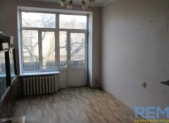 1-комната в коммуне с отличным ремонтом на ул. Льва Толстого